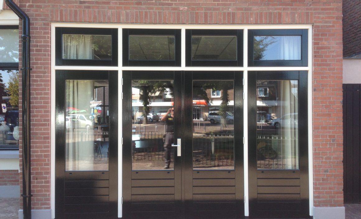 Nieuw kozijn met dubbele openslaande deuren bouwbedrijf luijmes