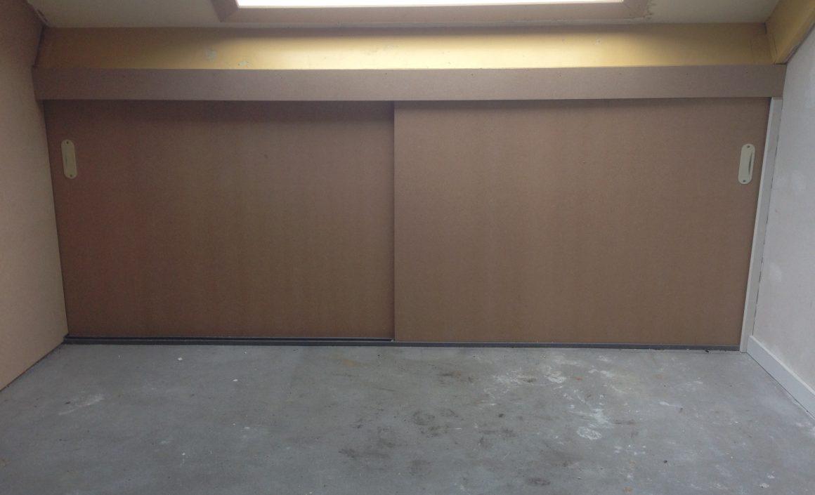 Op maat gemaakte schuifdeuren (zolder)